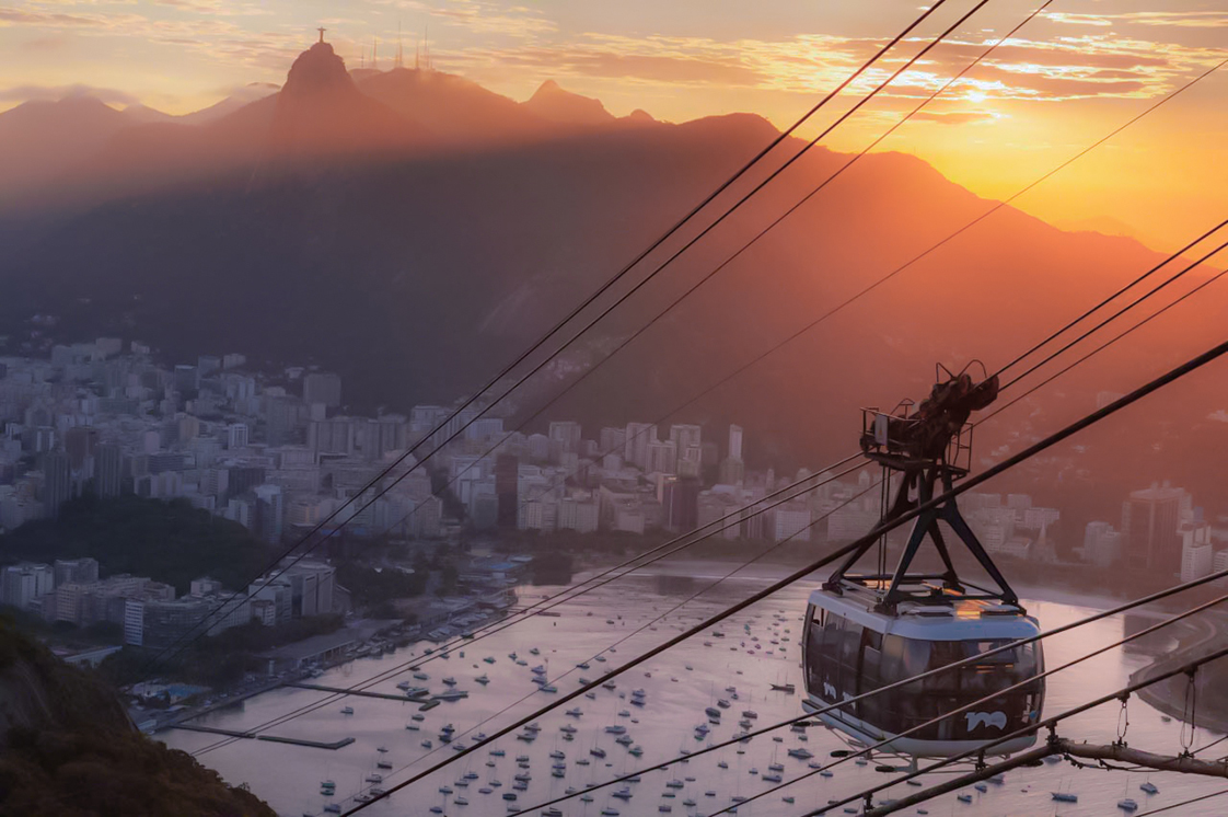 Sugarloaf Mountain cable car at sunset.